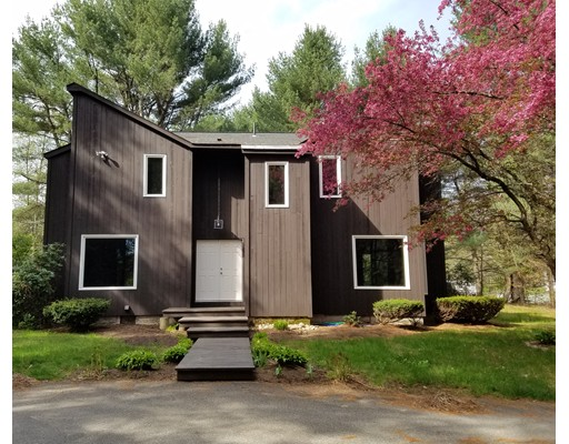 Casa Unifamiliar por un Venta en 641 Wheelwright Barre, Massachusetts 01005 Estados Unidos