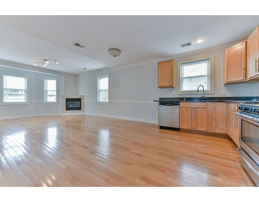 Additional photo for property listing at 40 Hancock Street  Boston, Massachusetts 02125 United States