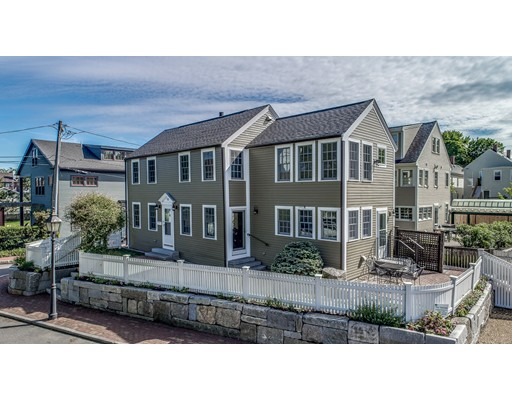 Single Family Home for Sale at 15 Whites Court Newburyport, Massachusetts 01950 United States