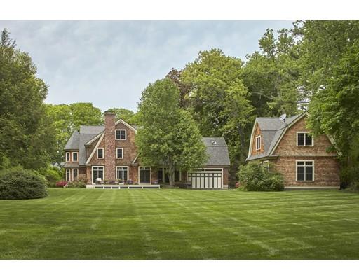 Maison unifamiliale pour l Vente à 8 Bennett Road Wayland, Massachusetts 01778 États-Unis
