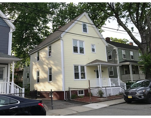 13 Thorpe St, Somerville, MA 02143