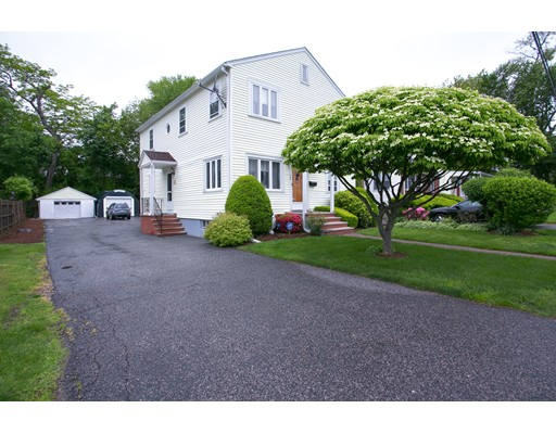 68 Lakeview Ter, Waltham, MA 02451