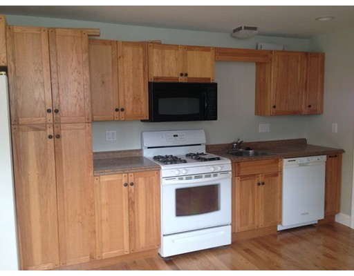Apartment for Rent at 341 North Ave #1 Abington, Massachusetts 02351 United States