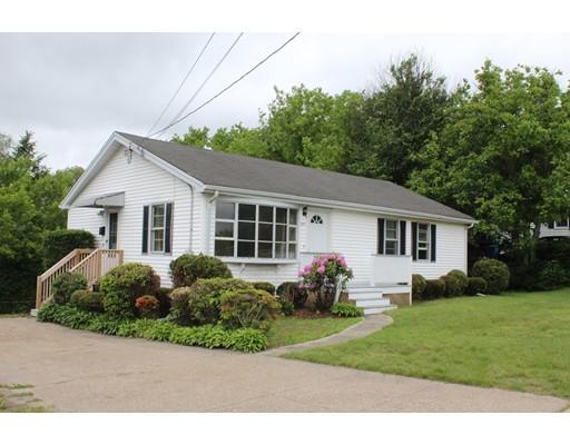 Maison unifamiliale pour l Vente à 631 Gaskill Street Blackstone, Massachusetts 01504 États-Unis