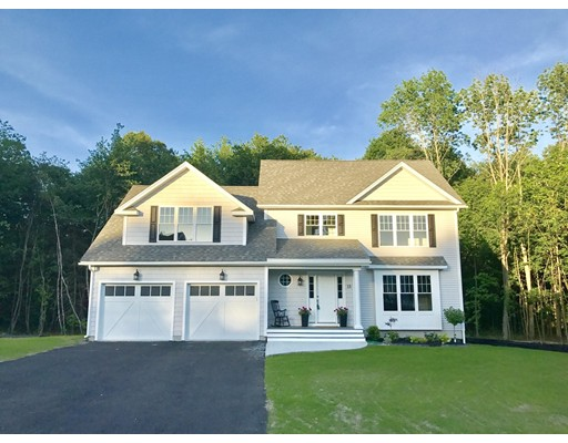 Single Family Home for Sale at 13 Priest Street Hudson, Massachusetts 01749 United States