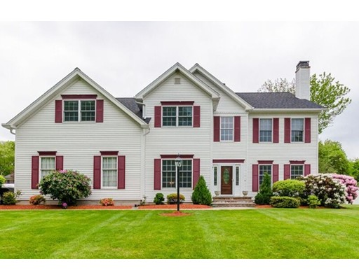 25 Ridge Way, North Andover, MA 01845