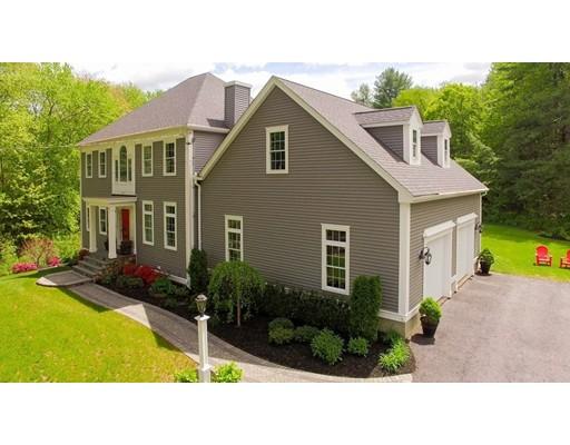 Частный односемейный дом для того Продажа на 20 Nw Main Street Douglas, Массачусетс 01516 Соединенные Штаты