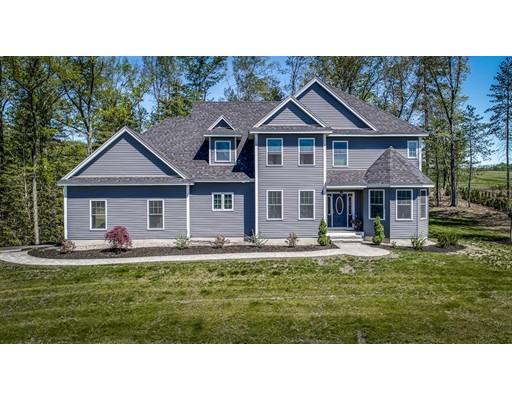 独户住宅 为 销售 在 17 LAMPLIGHTER Lane Salem, 新罕布什尔州 03079 美国