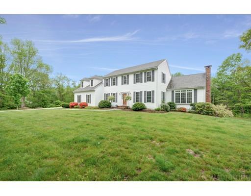 Частный односемейный дом для того Продажа на 640 Scott Road Oakham, Массачусетс 01068 Соединенные Штаты