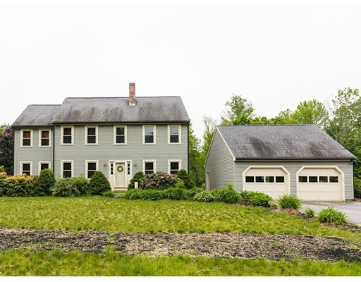Casa Unifamiliar por un Venta en 195 County Road Ashby, Massachusetts 01431 Estados Unidos