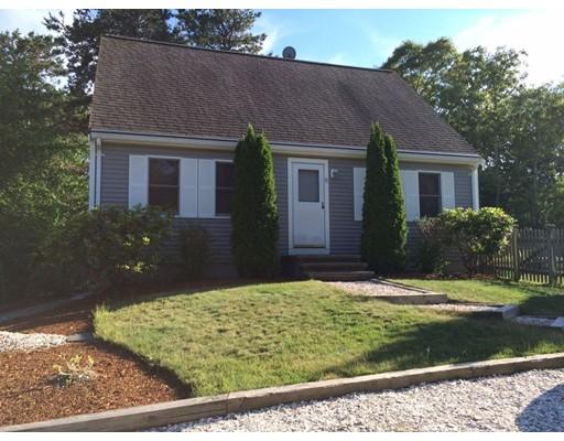Casa Unifamiliar por un Venta en 11 Bayberry Road Harwich, Massachusetts 02646 Estados Unidos