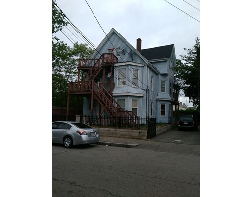 Additional photo for property listing at 11 DAVIDS STREET 11 DAVIDS STREET Brockton, Massachusetts 02301 États-Unis