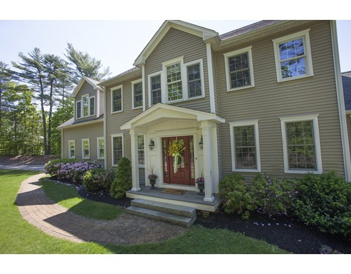 Single Family Home for Sale at 31 Streetation Street Kingston, Massachusetts 02364 United States