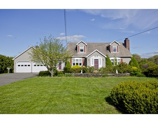 واحد منزل الأسرة للـ Sale في 98 Prospect Street Hatfield, Massachusetts 01038 United States
