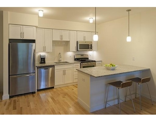 Additional photo for property listing at 603 Concord Avenue  Cambridge, Massachusetts 02138 United States