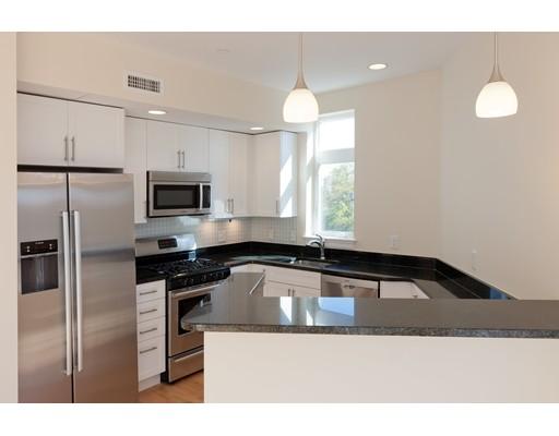 Additional photo for property listing at 7 Cameron Avenue  Cambridge, Massachusetts 02140 Estados Unidos