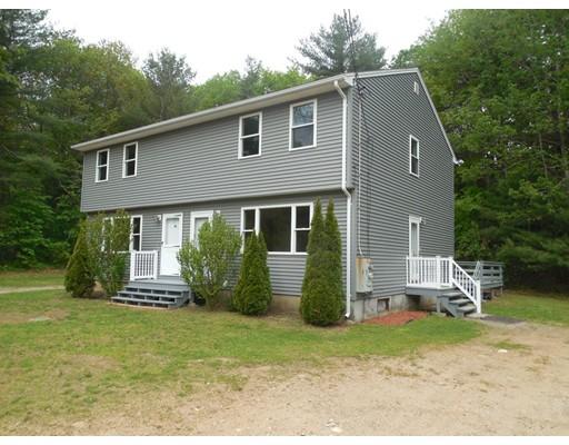 Casa Multifamiliar por un Venta en 49 Monson Road Wales, Massachusetts 01081 Estados Unidos