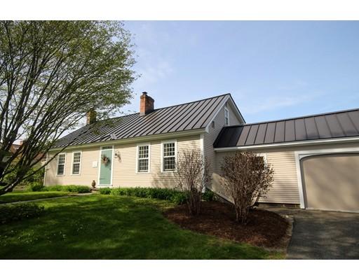 واحد منزل الأسرة للـ Sale في 336 Berkshire Trail Cummington, Massachusetts 01026 United States