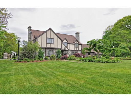 Single Family Home for Sale at 260 Palmer Street Somerset, Massachusetts 02726 United States