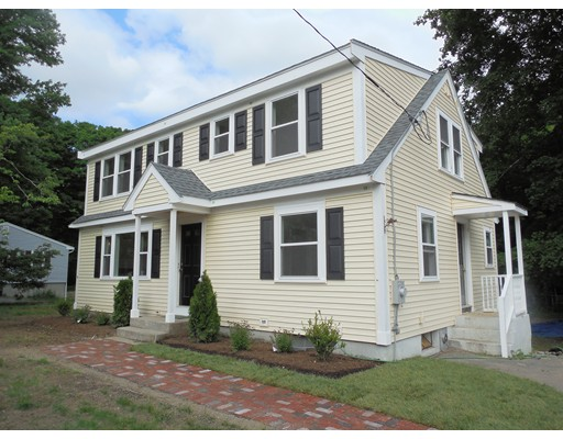 Casa Unifamiliar por un Venta en 204 South Street Holliston, Massachusetts 01746 Estados Unidos