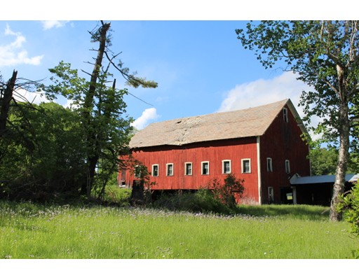 独户住宅 为 销售 在 201 Maple Street 201 Maple Street Conway, 马萨诸塞州 01341 美国