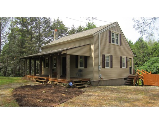 Single Family Home for Sale at 1531 Route 171 Woodstock, 06282 United States