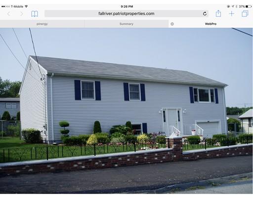 独户住宅 为 销售 在 283 Sterling Fall River, 马萨诸塞州 02721 美国