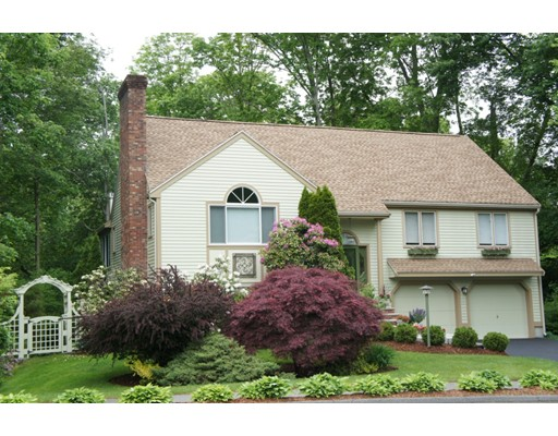 Single Family Home for Sale at 2 Hammersmith Drive Saugus, 01906 United States