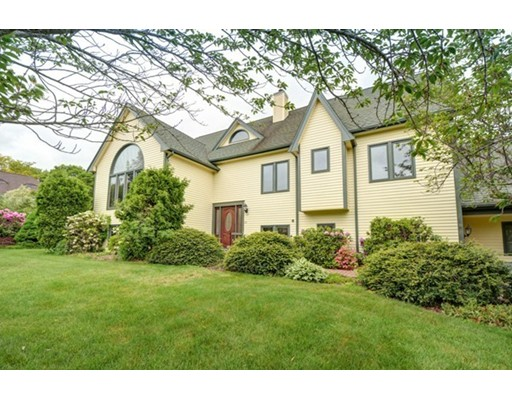 Single Family Home for Sale at 39 Knob Hill Circle Stoughton, Massachusetts 02072 United States