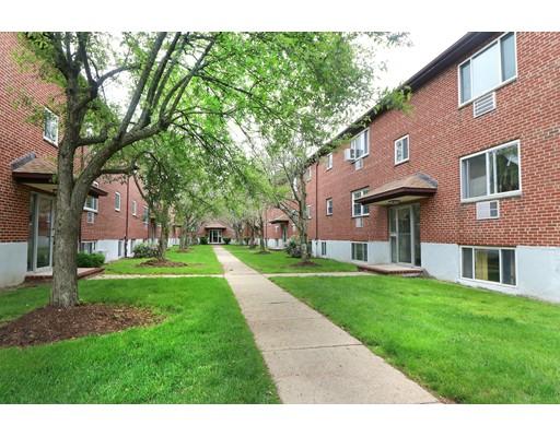 74 Bryon Rd 5, Boston, MA 02467