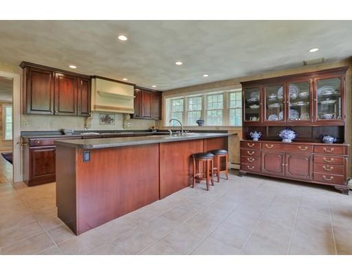 واحد منزل الأسرة للـ Sale في 5 Old Bare Hill Road Boxford, Massachusetts 01921 United States