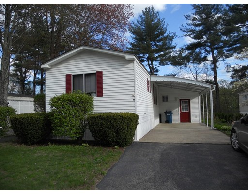 Single Family Home for Sale at 9 Woodchip Square North Attleboro, Massachusetts 02760 United States