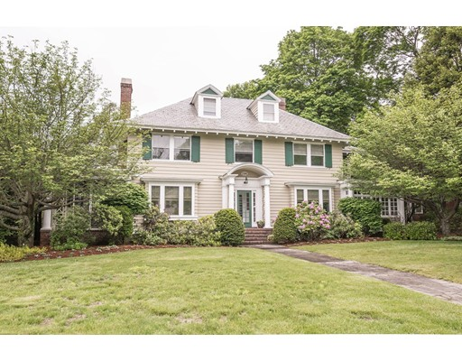 726 Andover St, Lowell, MA 01852