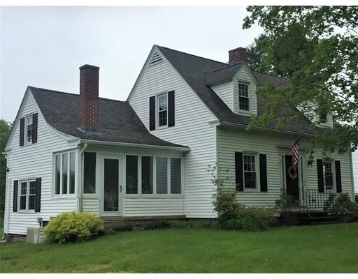 Single Family Home for Sale at 1003 Bernardston Road 1003 Bernardston Road Greenfield, Massachusetts 01301 United States