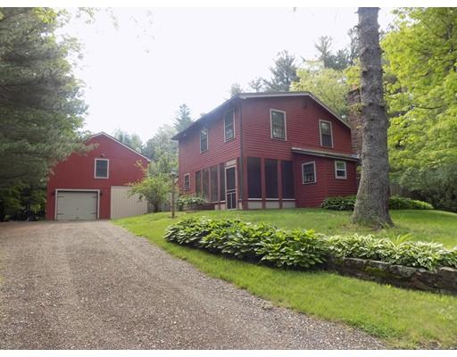 Частный односемейный дом для того Продажа на 13 Mashapaug Road Holland, Массачусетс 01521 Соединенные Штаты
