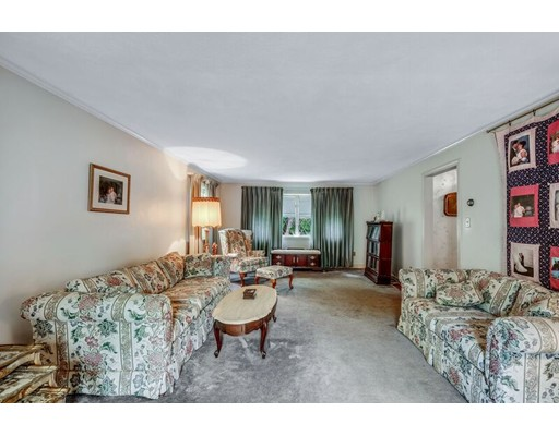 14 Berkshire Dr, Winchester, MA, 01890