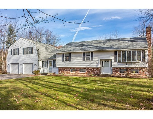 Single Family Home for Sale at 9 Old Winchendon Road Templeton, Massachusetts 01468 United States