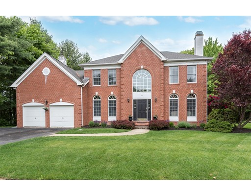 10 Ridge Way, North Andover, MA 01845