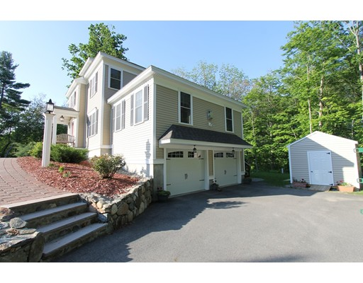 Single Family Home for Sale at 8 Dewhirst Street Groveland, Massachusetts 01834 United States