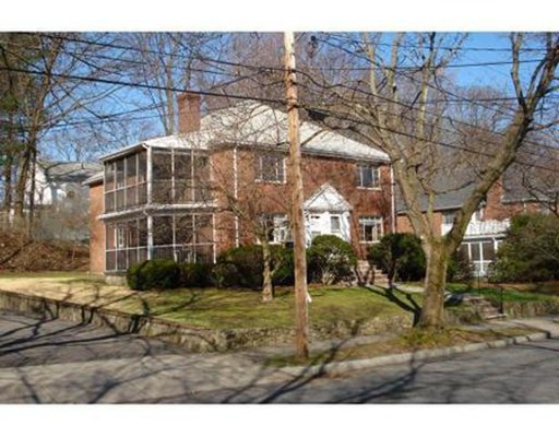 Additional photo for property listing at 113 Withington  Newton, Massachusetts 02460 Estados Unidos