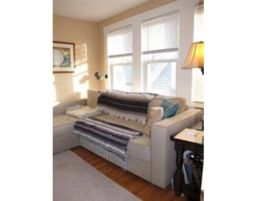 独户住宅 为 出租 在 110 College Avenue Somerville, 马萨诸塞州 02144 美国