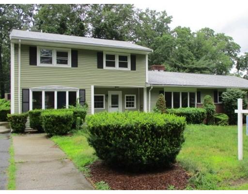 Single Family Home for Sale at 85 Oak Street Avon, Massachusetts 02322 United States