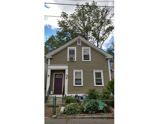 9 Willow St, Lowell, MA 01852