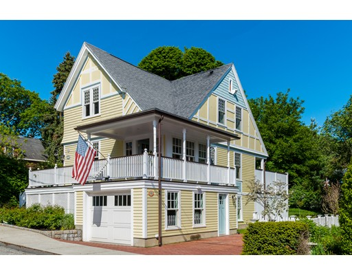15 Guernsey St, Marblehead, MA 01945
