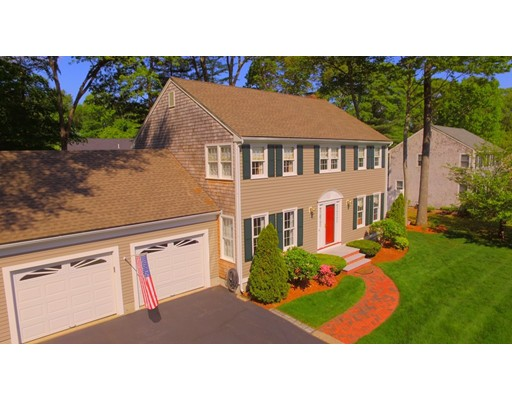 Single Family Home for Sale at 8 Daniel Teague Drive Rockland, Massachusetts 02370 United States