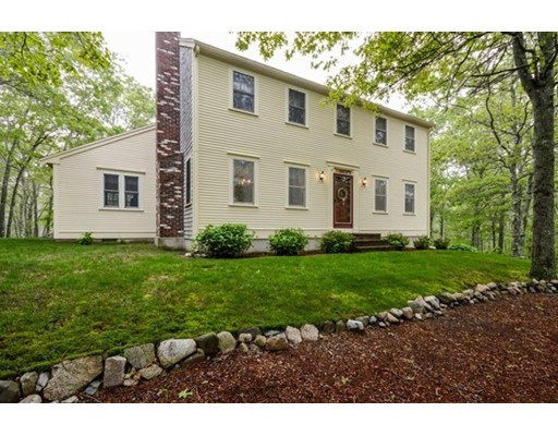 Single Family Home for Sale at 19 Quaker Village Lane Sandwich, Massachusetts 02537 United States