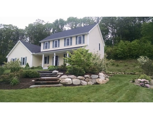 Single Family Home for Sale at 40 Draper Woods Road Sturbridge, 01518 United States