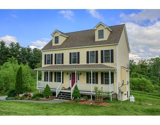 41 Skyview Dr, Fitchburg, MA 01420