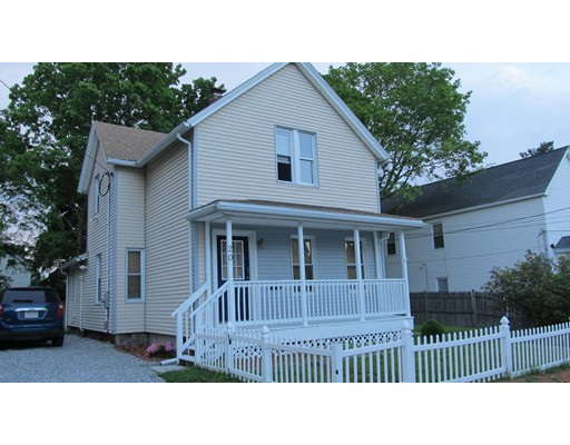Single Family Home for Sale at 20 Whipple Street Worcester, Massachusetts 01607 United States