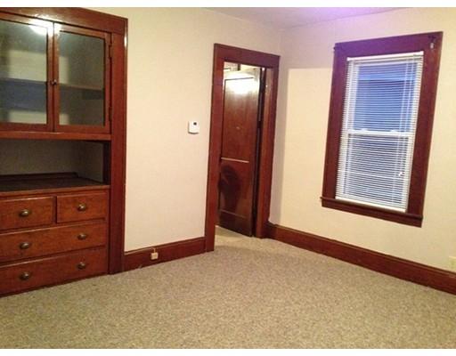 Maison unifamiliale pour l à louer à 15 Marion Street Chicopee, Massachusetts 01013 États-Unis